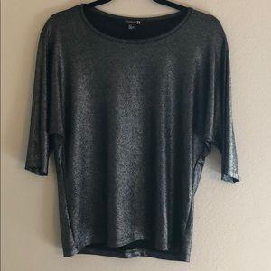 Shiny 3/4 Sleeve Top